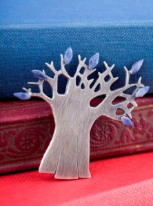 Baobab brooch